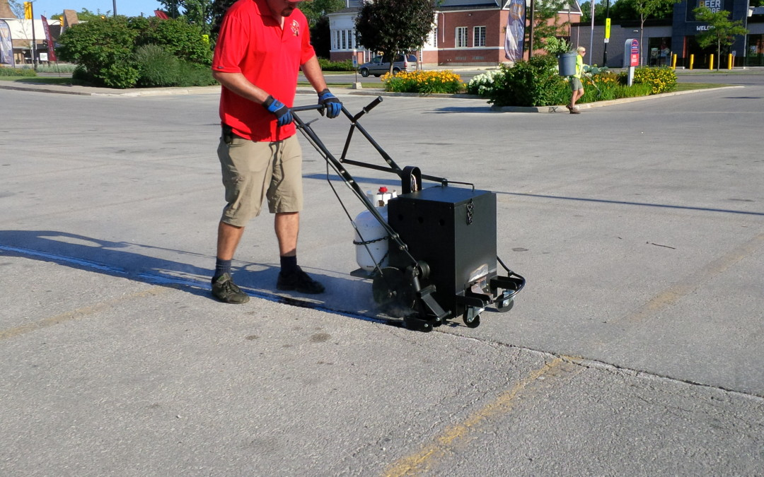 RY10 Pro Melter Applicator Featured in Paving Pro Magazine